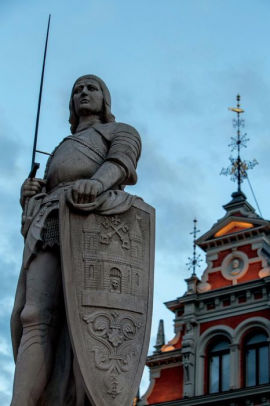 Statue of Roland in Latvia