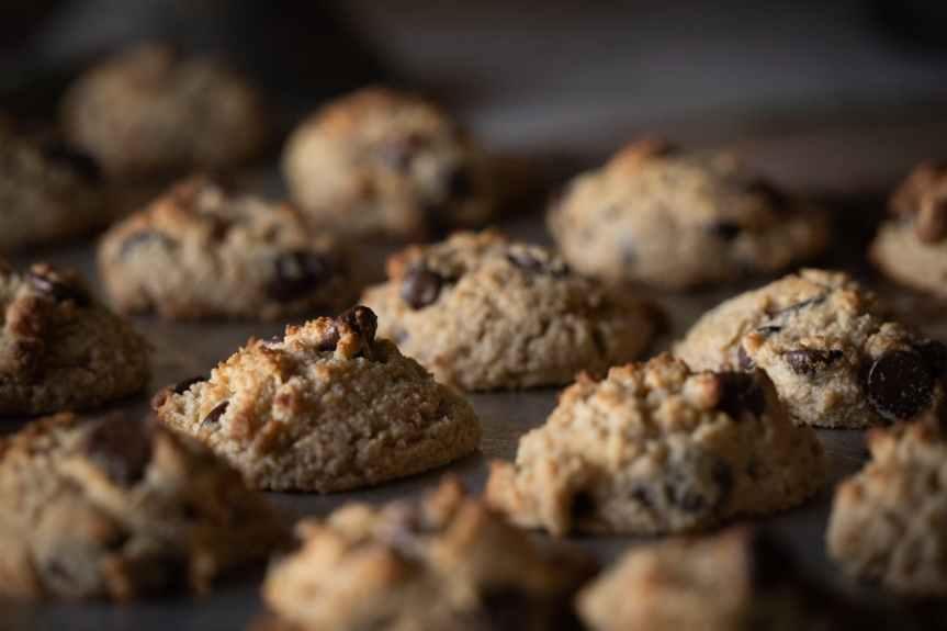 Food: Eating cookies for breakfast isok