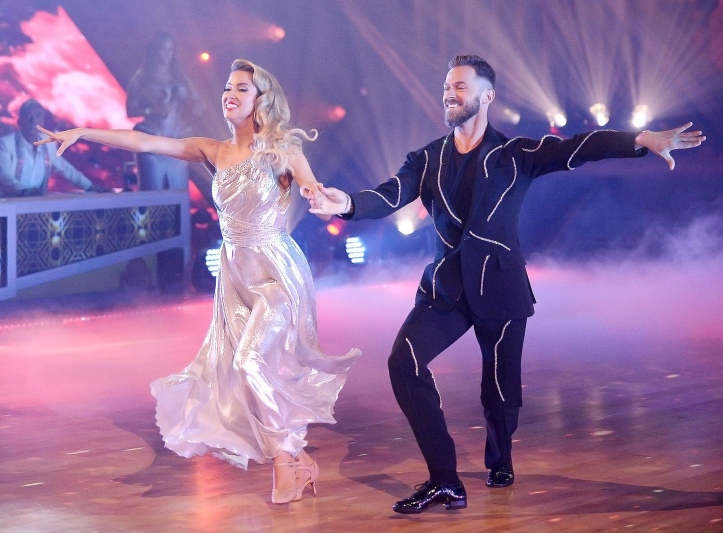 Artem Chigvintsev and Kaitlyn Bristowe dancing with the stars
