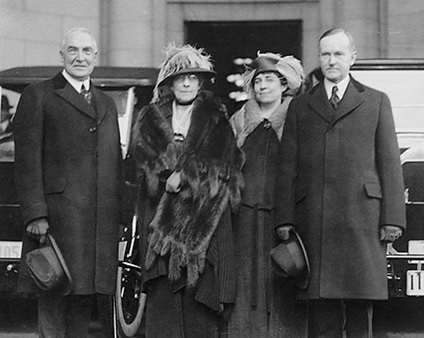Warren Harding, Florence Harding, Grace Coolidge, Calvin Coolidge, inauguration day 1921